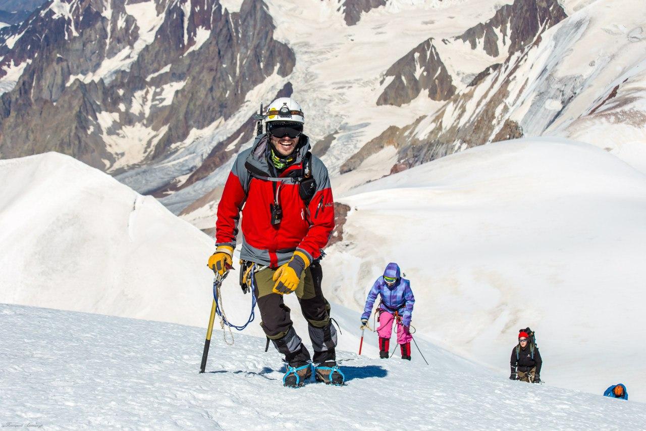 инструктор в горном походе